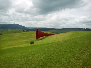 """Anish Kapoor, """"Dismemberment Site 1"""", 2003-09, Nouvelle-Zélande"""